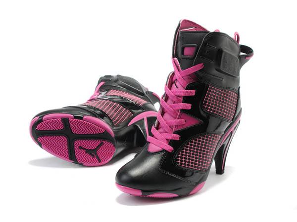 chaussure moto talon haut principaux atouts des baskets moto. Black Bedroom Furniture Sets. Home Design Ideas